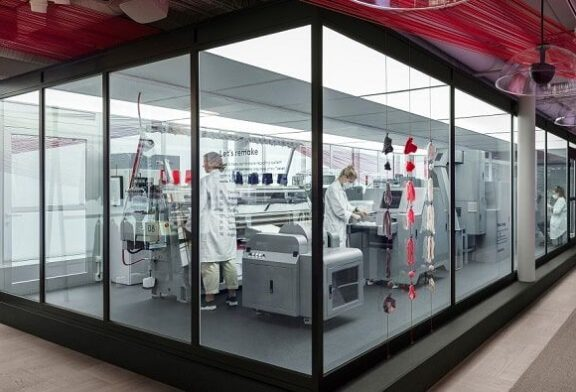 Recycling System 'Looop' Helps H&M Transform Unwanted Garments into New Fashion Favorites